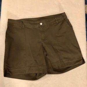 Lane Bryant Shorts - Lane Bryant Olive Green Shorts Size 18 VGUC
